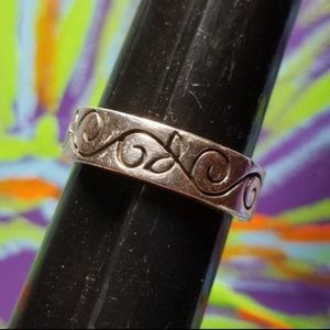 Jewelry - Sterling SILVER Swirl Vine Design Thick Band Ring